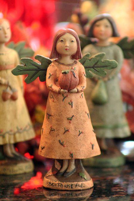 AutumnAngel-PumpkinL