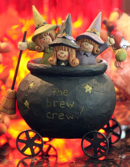 Cauldrons-brewL