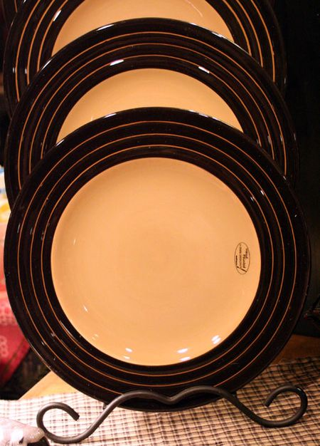 Willow Lane Dinner Plate